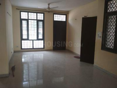 Gallery Cover Image of 1400 Sq.ft 3 BHK Independent Floor for rent in Sector 52 for 26000