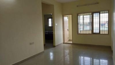 Gallery Cover Image of 1010 Sq.ft 2 BHK Apartment for buy in Koyambedu for 6970000