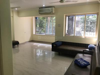 Gallery Cover Image of 900 Sq.ft 2 BHK Apartment for rent in Juhu for 95000
