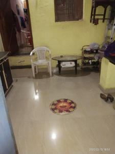Gallery Cover Image of 500 Sq.ft 3 BHK Independent Floor for buy in Ghatkopar West for 6500000