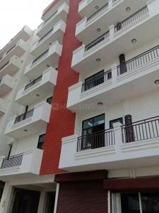 Gallery Cover Image of 855 Sq.ft 2 BHK Apartment for buy in Noida Extension for 1995200