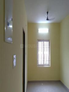 Gallery Cover Image of 1200 Sq.ft 3 BHK Apartment for rent in Perungalathur for 18000