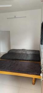 Bedroom Image of Mahadev PG in Satellite