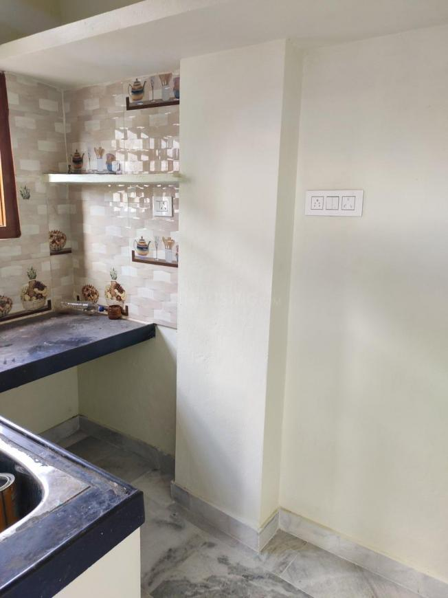 Kitchen Image of 660 Sq.ft 1 BHK Independent House for rent in Happy Homes Colony for 8500