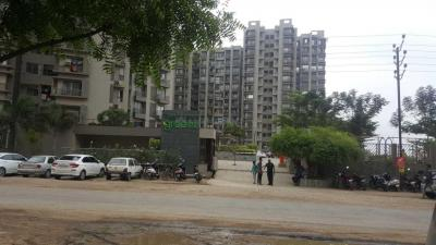 Gallery Cover Image of 1350 Sq.ft 2 BHK Apartment for rent in Chharodi for 10000