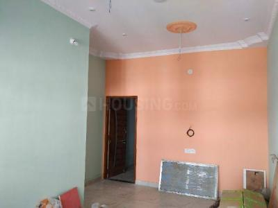 Gallery Cover Image of 610 Sq.ft 1 BHK Independent Floor for rent in Star City Phase-4, Karmeta for 8100