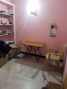 Gallery Cover Image of 450 Sq.ft 1 BHK Independent Floor for rent in Nungambakkam for 10000