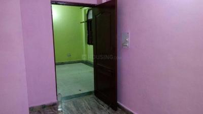 Gallery Cover Image of 750 Sq.ft 2 BHK Apartment for rent in Govindpuram for 5000