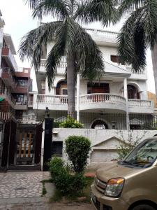 Building Image of Sunil PG in Sector 56