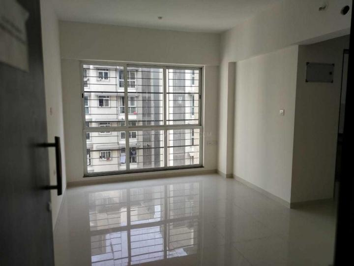 Living Room Image of 675 Sq.ft 1 BHK Apartment for rent in Dahisar East for 19000