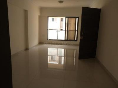 Gallery Cover Image of 650 Sq.ft 1 BHK Apartment for rent in Kandivali East for 23500