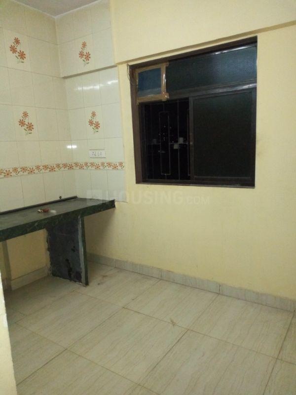 Kitchen Image of 600 Sq.ft 1 BHK Apartment for rent in Kalwa for 12500