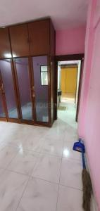 Gallery Cover Image of 600 Sq.ft 1 BHK Apartment for rent in Malad West for 20000