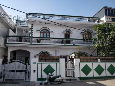 Building Image of 1890 Sq.ft 4 BHK Independent House for buy in Krishna Nagar for 13600000