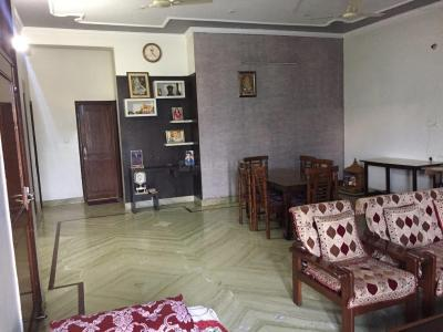 Gallery Cover Image of 2000 Sq.ft 1 BHK Independent House for rent in Gamma II Greater Noida for 16000