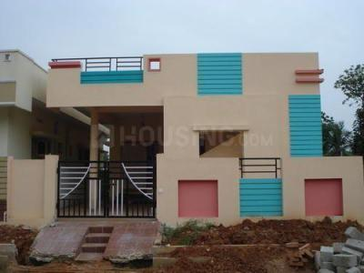 Gallery Cover Image of 650 Sq.ft 2 BHK Independent House for buy in Kelambakkam for 4000000