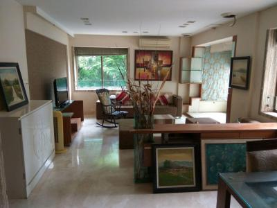 Gallery Cover Image of 2100 Sq.ft 3 BHK Apartment for buy in Bandra West for 140000000