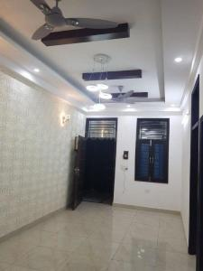 Gallery Cover Image of 550 Sq.ft 1 BHK Apartment for rent in Niti Khand for 9500