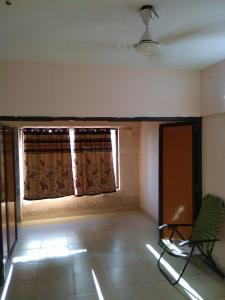 Gallery Cover Image of 400 Sq.ft 1 RK Apartment for rent in Prabhadevi for 22000
