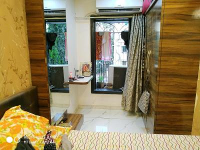 Gallery Cover Image of 875 Sq.ft 2 BHK Apartment for rent in Borivali West for 27000