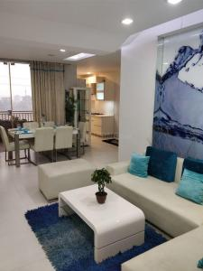 Gallery Cover Image of 1250 Sq.ft 3 BHK Apartment for buy in Eta 2 Greater Noida for 3780000