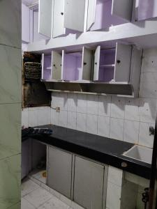 Gallery Cover Image of 750 Sq.ft 2 BHK Apartment for rent in Paschim Vihar for 15000