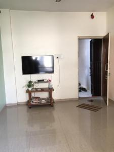 Gallery Cover Image of 650 Sq.ft 1 BHK Apartment for rent in Moreshwar Dham, Kamothe for 10500