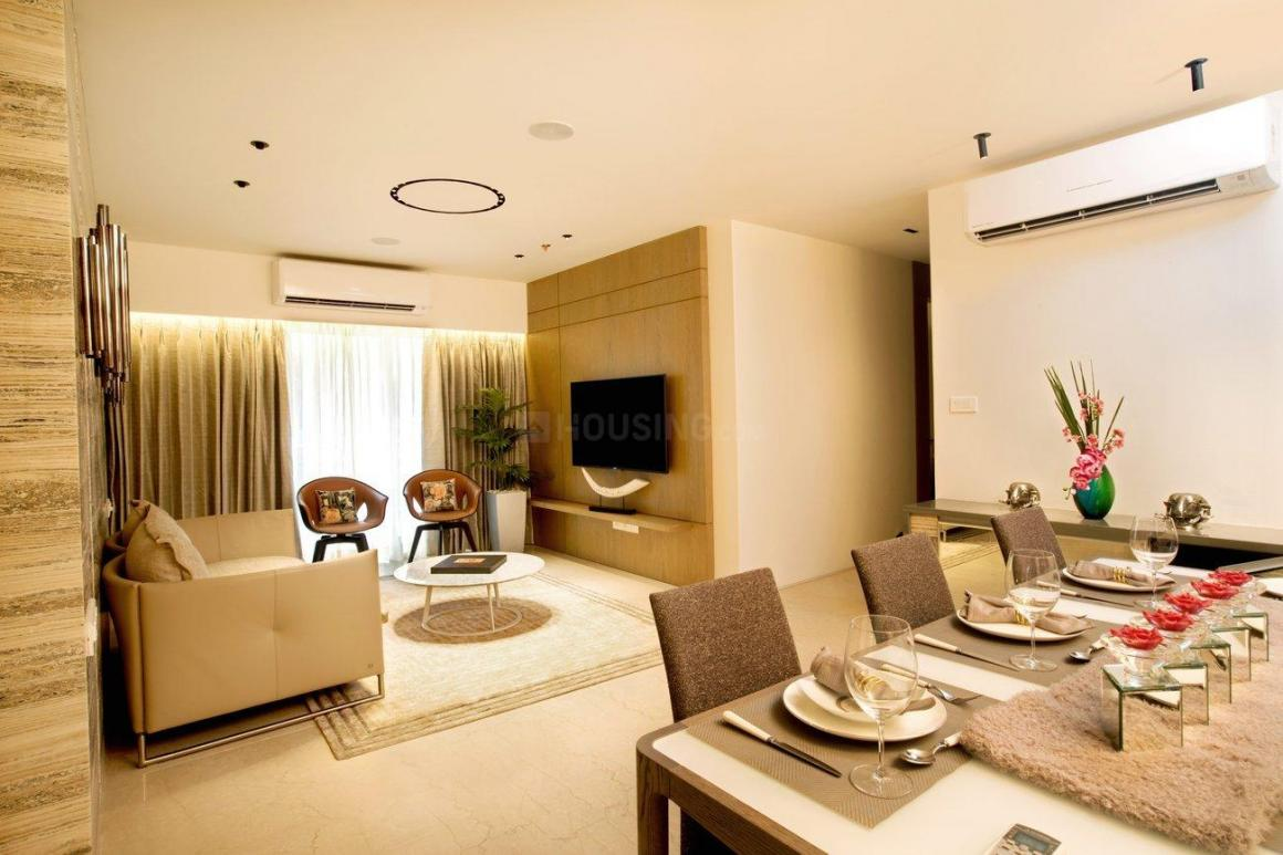 Living Room Image of 911 Sq.ft 2 BHK Apartment for buy in Kalyan West for 6990000