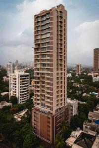 Gallery Cover Image of 2955 Sq.ft 4 BHK Apartment for buy in Dadar East for 110000000