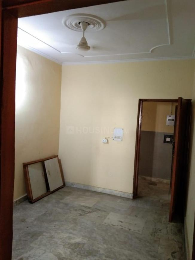 Living Room Image of 600 Sq.ft 1 BHK Apartment for rent in Sector 21C for 8000