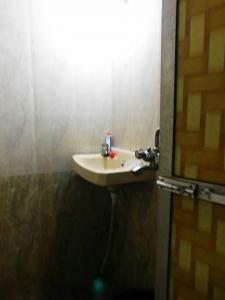 Gallery Cover Image of 560 Sq.ft 1 BHK Apartment for buy in Mira Road East for 5000000
