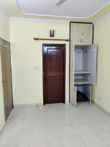 Gallery Cover Image of 900 Sq.ft 2 BHK Apartment for rent in Mahavir Enclave for 15000