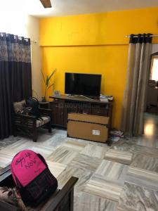Gallery Cover Image of 780 Sq.ft 3 BHK Apartment for rent in Vile Parle West for 100000
