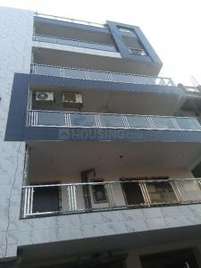 Gallery Cover Image of 1800 Sq.ft 4 BHK Independent Floor for buy in Vasundhara for 7300000