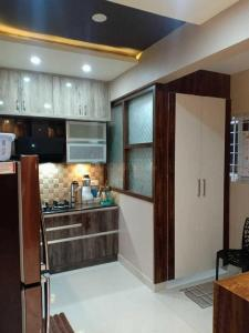 Gallery Cover Image of 665 Sq.ft 1 BHK Apartment for rent in Karanjade for 8000