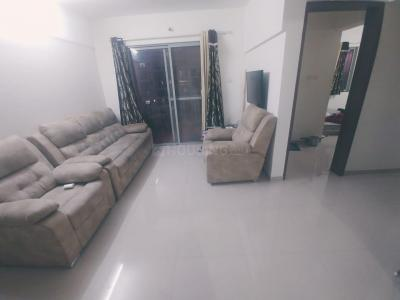Gallery Cover Image of 1100 Sq.ft 2 BHK Apartment for rent in Parmar Pavilion, Wanowrie for 20000