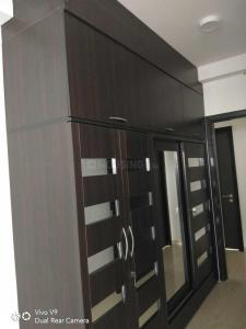 Gallery Cover Image of 3195 Sq.ft 4 BHK Apartment for rent in Jogeshwari East for 185000