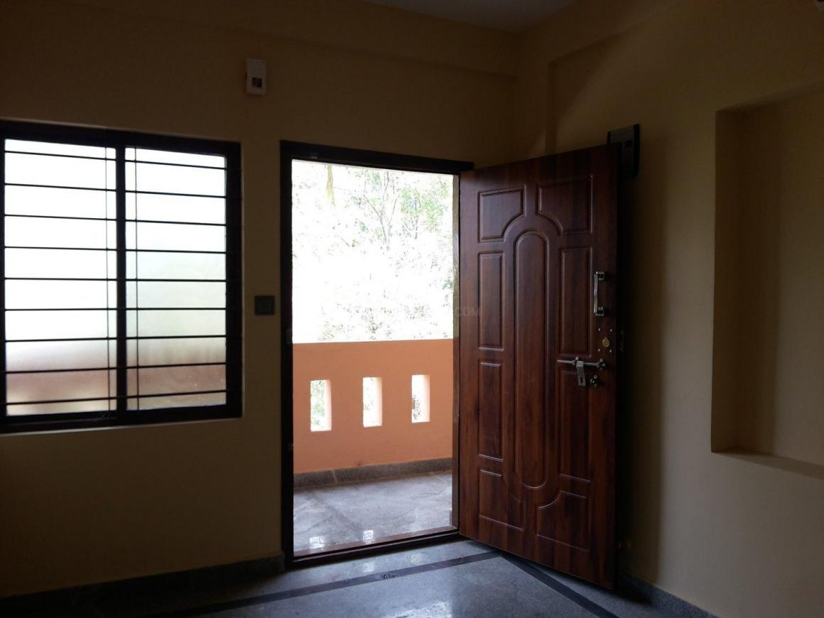 Living Room Image of 650 Sq.ft 1 BHK Apartment for rent in Panathur for 12500