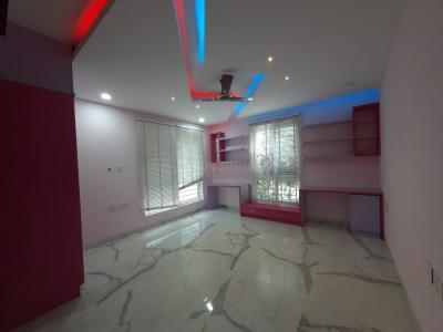 Gallery Cover Image of 3600 Sq.ft 4 BHK Apartment for rent in DSR Reganti, Madhapur for 80000