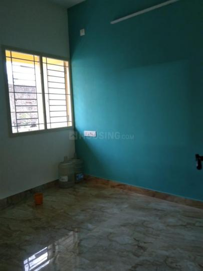Bedroom Image of 645 Sq.ft 2 BHK Apartment for buy in Anakaputhur for 3300000