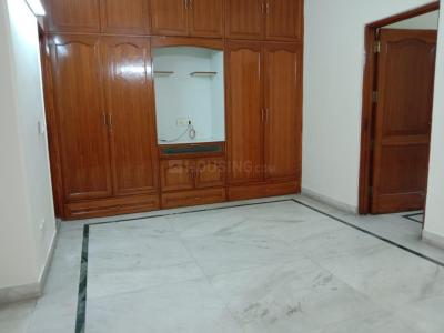 Gallery Cover Image of 1125 Sq.ft 2 BHK Independent Floor for rent in RWA East of Kailash Block E, Greater Kailash for 35000