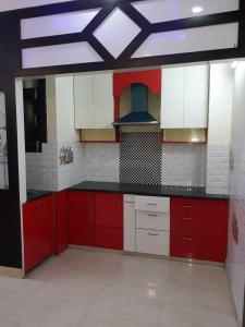 Gallery Cover Image of 860 Sq.ft 2 BHK Apartment for buy in Shakti Khand for 3710000