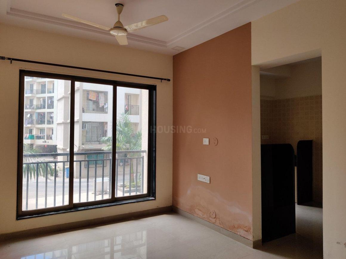 Living Room Image of 650 Sq.ft 1 BHK Apartment for rent in Vasai East for 8000