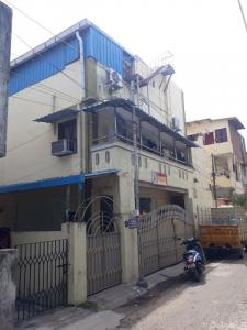 Gallery Cover Image of 2200 Sq.ft 4 BHK Independent House for buy in Vadapalani for 14000000