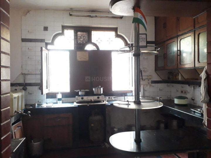 Kitchen Image of Naveen PG in Sector 56