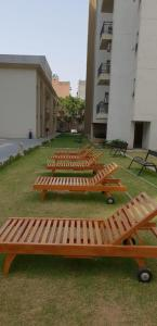 Gallery Cover Image of 1245 Sq.ft 2 BHK Apartment for rent in Umang Realtech Winter Hills, Sewak Park for 22000