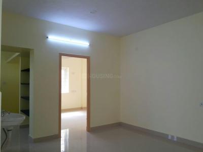 Gallery Cover Image of 770 Sq.ft 1 BHK Apartment for rent in Vinayagapuram for 15000