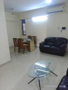 Gallery Cover Image of 1275 Sq.ft 2 BHK Apartment for rent in Kalpataru Aura, Ghatkopar West for 60000
