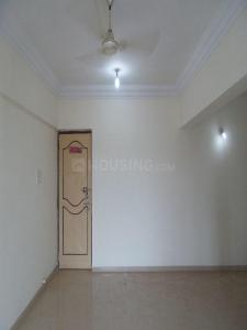 Gallery Cover Image of 1010 Sq.ft 2 BHK Apartment for rent in Kandivali East for 28000