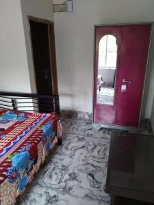 Gallery Cover Image of 750 Sq.ft 1 BHK Independent House for rent in New Town for 15000
